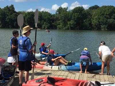 Camp Kayak 2016 EXSm-40.jpg