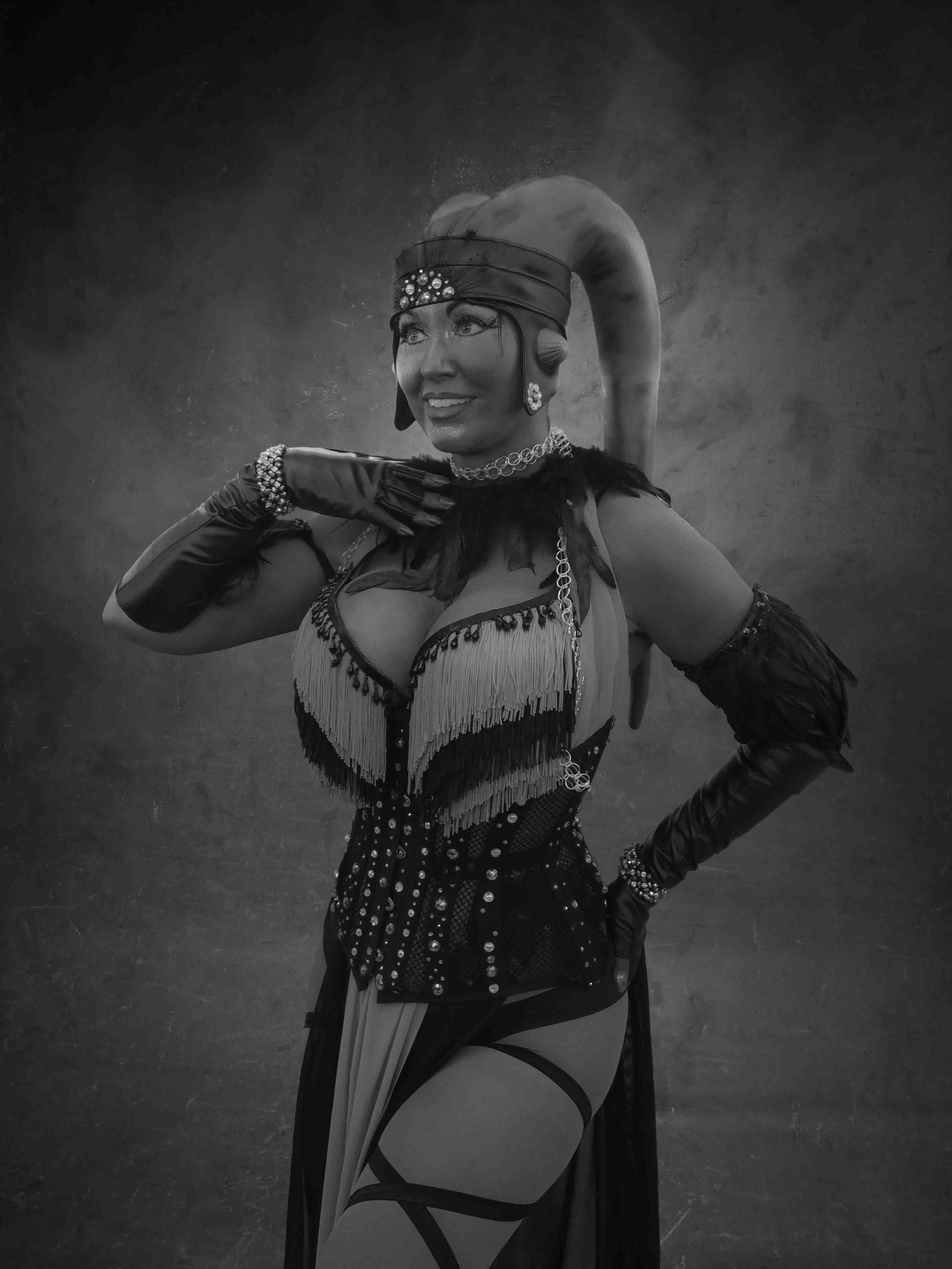 Twilek Jedi Dancer - Inspired by Star WarsCOSPLAY BY | Go-Go Incognito