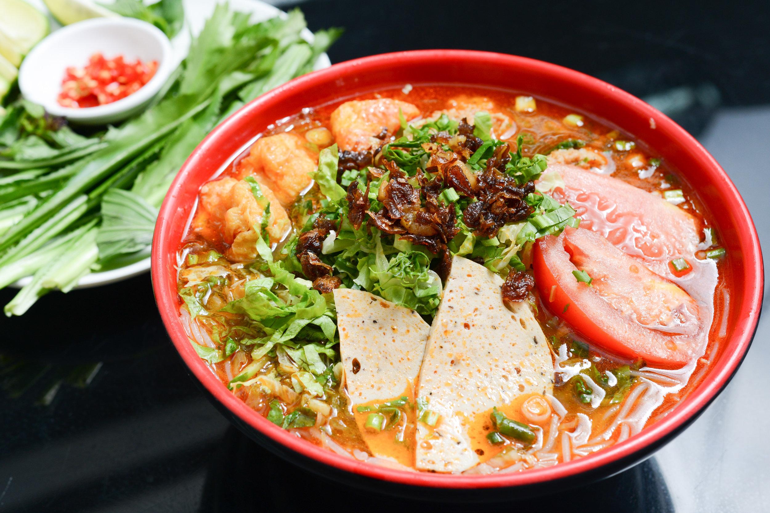 越潮Vietnamese Restaurant_-蟹糕湯檬曉 .jpg