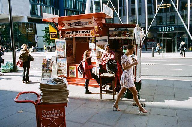 Striding through #portra400 . . . . . . . . . #filmphotog#film#filmxdead#filmmaker#filmphoto#ishootfilm#filmphotogtheday#analog#analogfeatures#theanalogclub#kodak#kodakfilm#broadmag#rentalmag#somewheremagazine##hurtlamb#vscocam#vsco#naturallight#capturethelight#50mmfilm#thecreatorclass#pentax#portra#streetphotography#streetdreamsmag