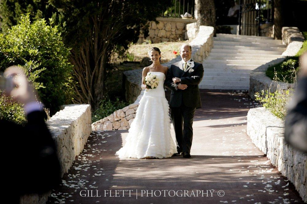 bride-arrival-aisle-french-wedding-Domaine-du-Mont-Leuze-gill-flett.jpg