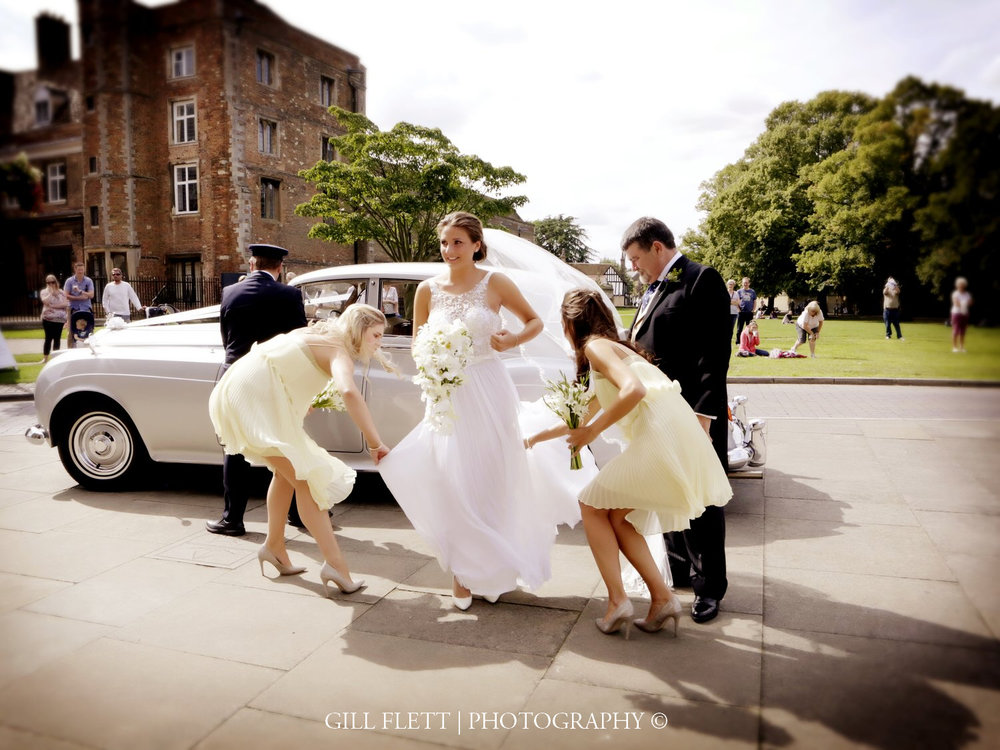 ely-cathedral-bride-car-summer-wedding-gill-flett-photo.jpg
