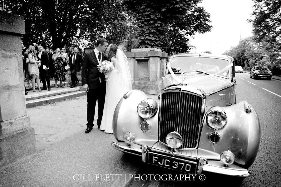 vintage-car-bride-groom-gillflett-photo.jpg