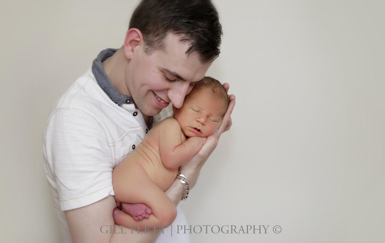 father-newborn-son-gilflett-london-img_3798.jpg