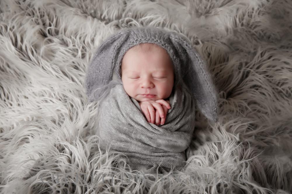 newborn-boy-potato-sack-bunny-gillflett-london.jpg