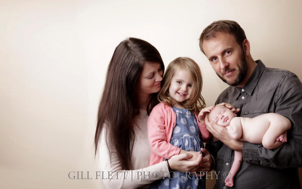 newborn-family-sibling-gillflett-london.jpg