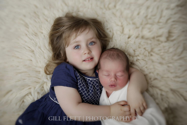 sibling-newborn-boy-gillflett-photo-london_img_0002.jpg