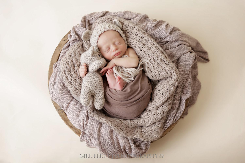 newborn-boy-teddy-bowl-brown-gillflett-london.jpg