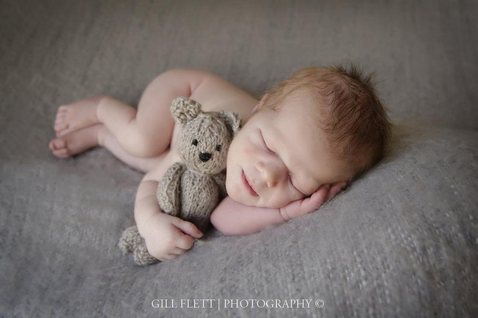 Surrey newborn photographer teddy