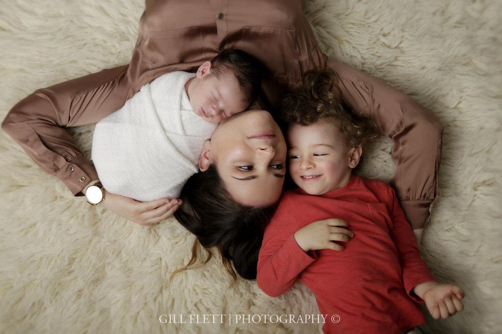 surbiton-newborn-photographer-newborn-boy-gillflett_IMG_0004.jpg