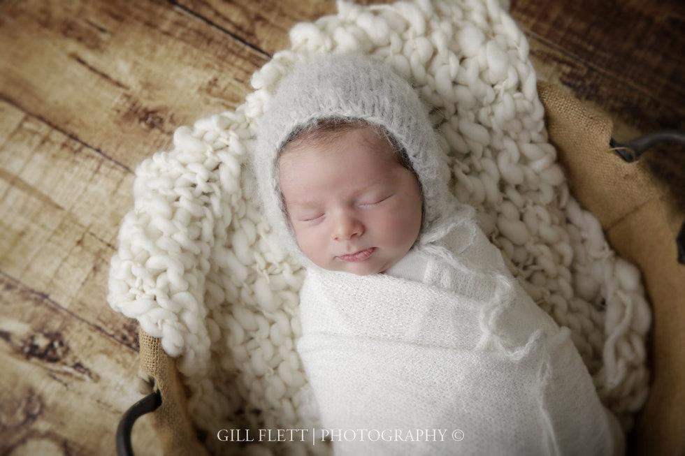 surbiton-newborn-photographer-newborn-boy-gillflett_IMG_0014.jpg