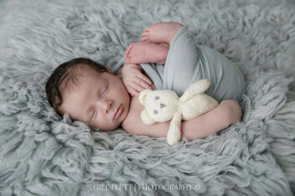 surbiton-newborn-photographer-newborn-boy-gillflett_IMG_0022.jpg