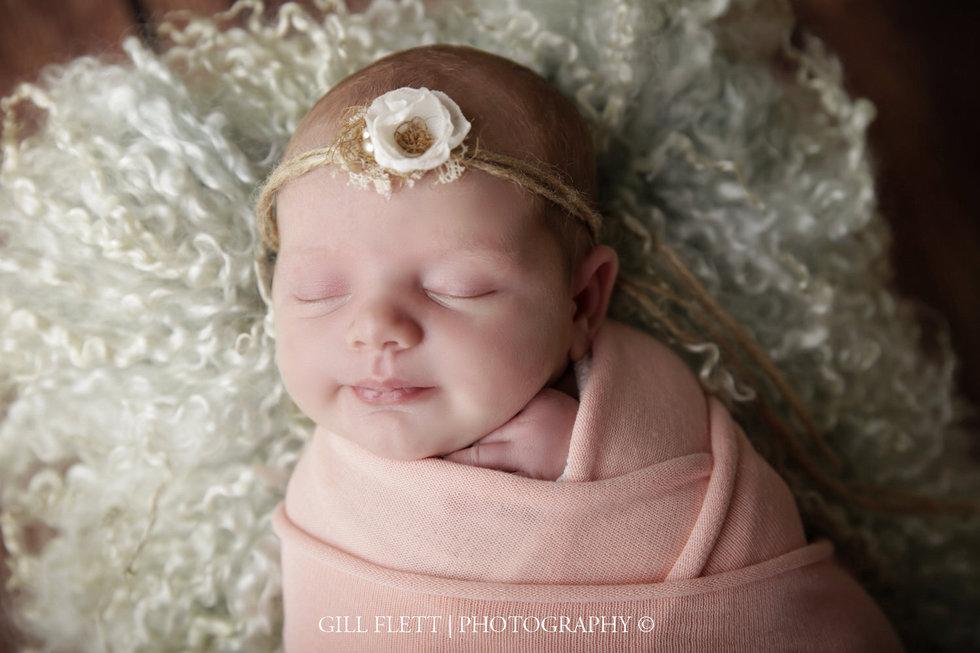 surrey-newborn-photographer-newborn-gillflett_IMG_0029.jpg