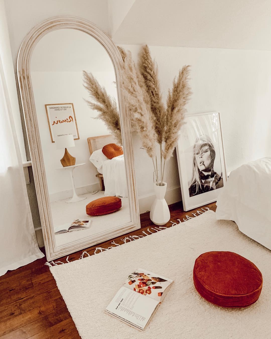 ezz-wilson-portland-interior-stylist-designer-photo-2 - Ezz Wilson.jpg