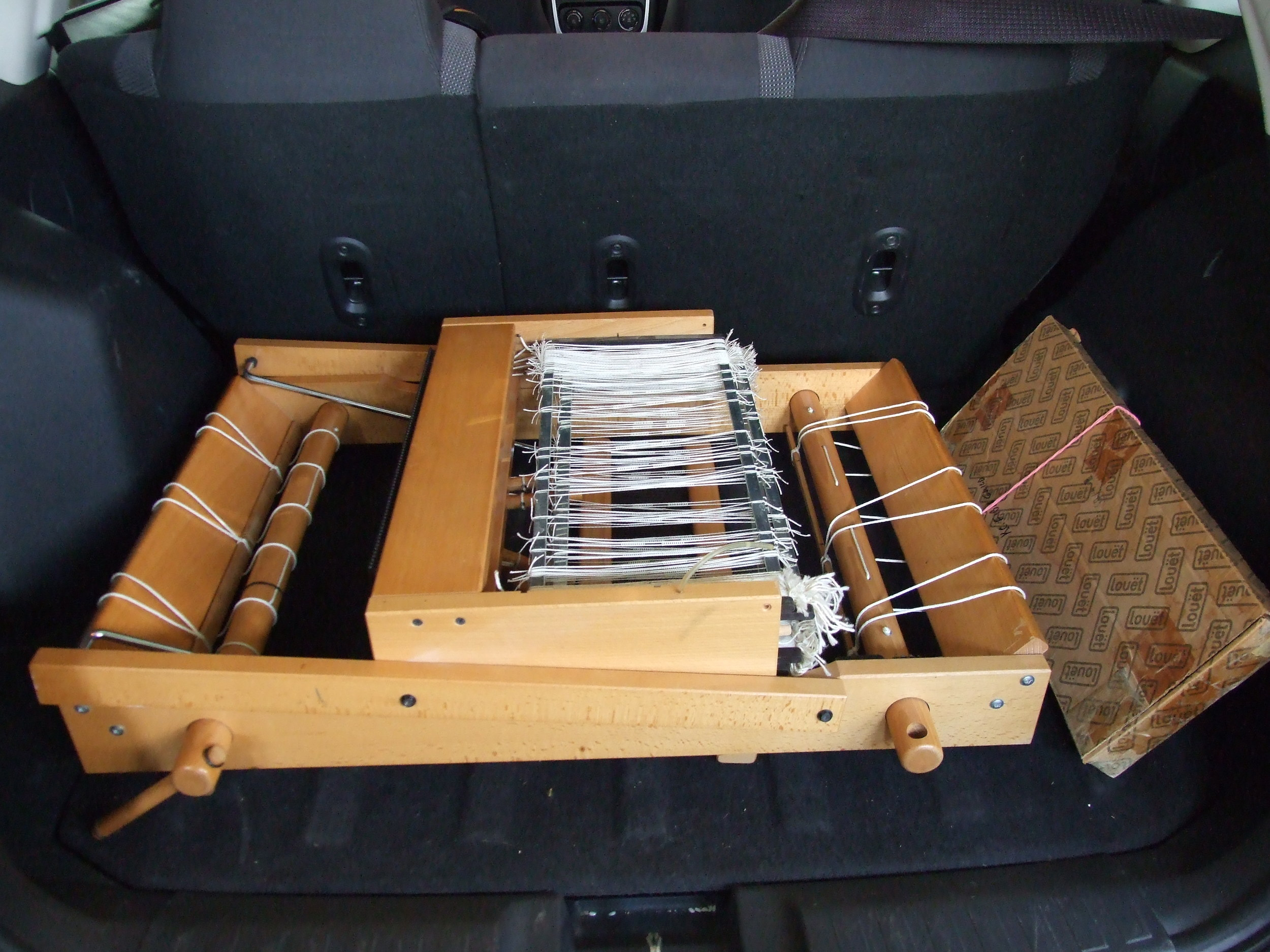Louet W40 Folding Table Loom, four harness