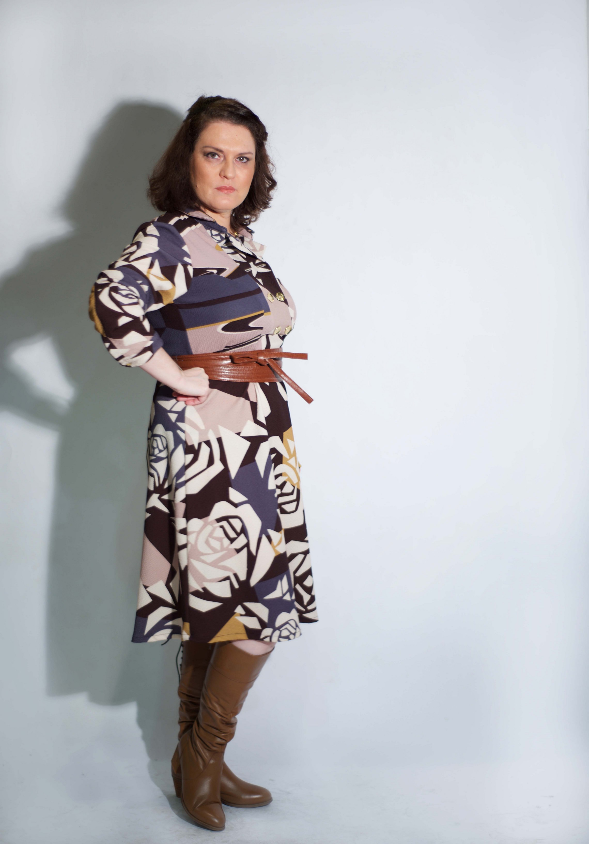 עדית מונדשיין מדגמנת שמלהשל המעצבת טלי אימבר.  במכירה הגדולה רק 299 שח. בית טפר תל גיבורים 5 תא צילום מאיה שוהם (Copy).jpg