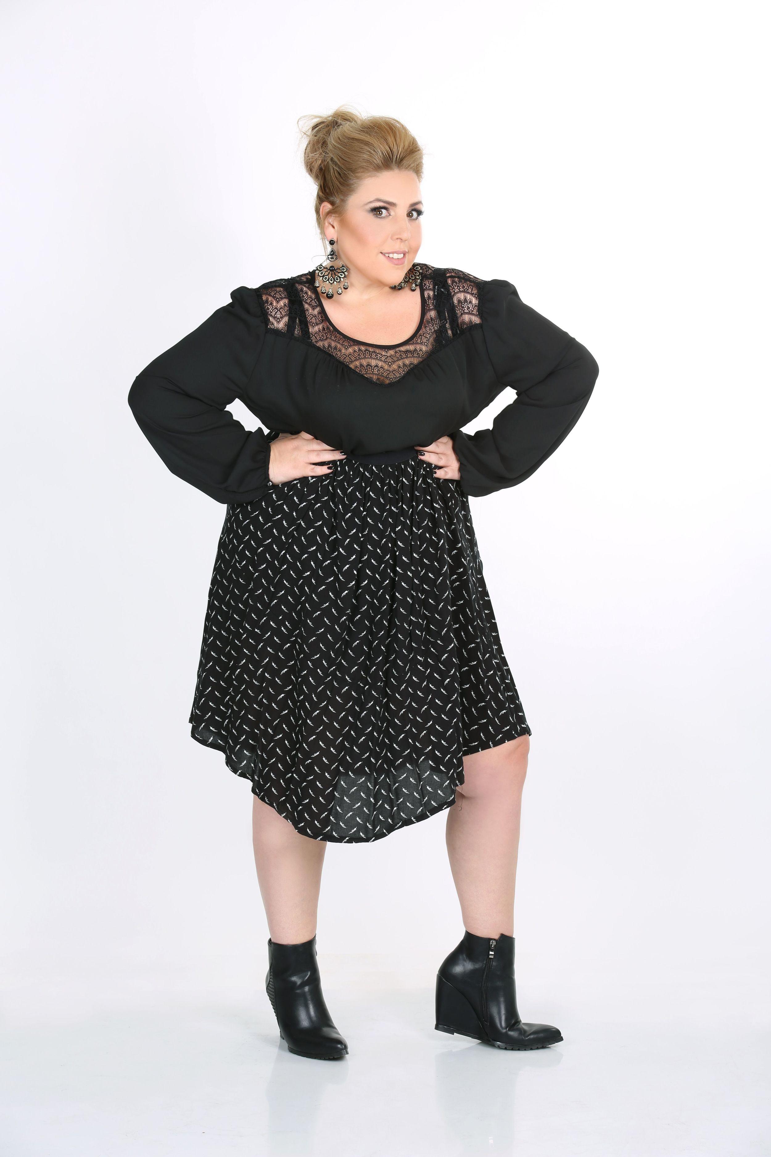 חולצה 299 שח חצאית 279 שח NOEMI PLUS בזל 32 תל אביב צילום יעל ונעמי צלמות.JPG