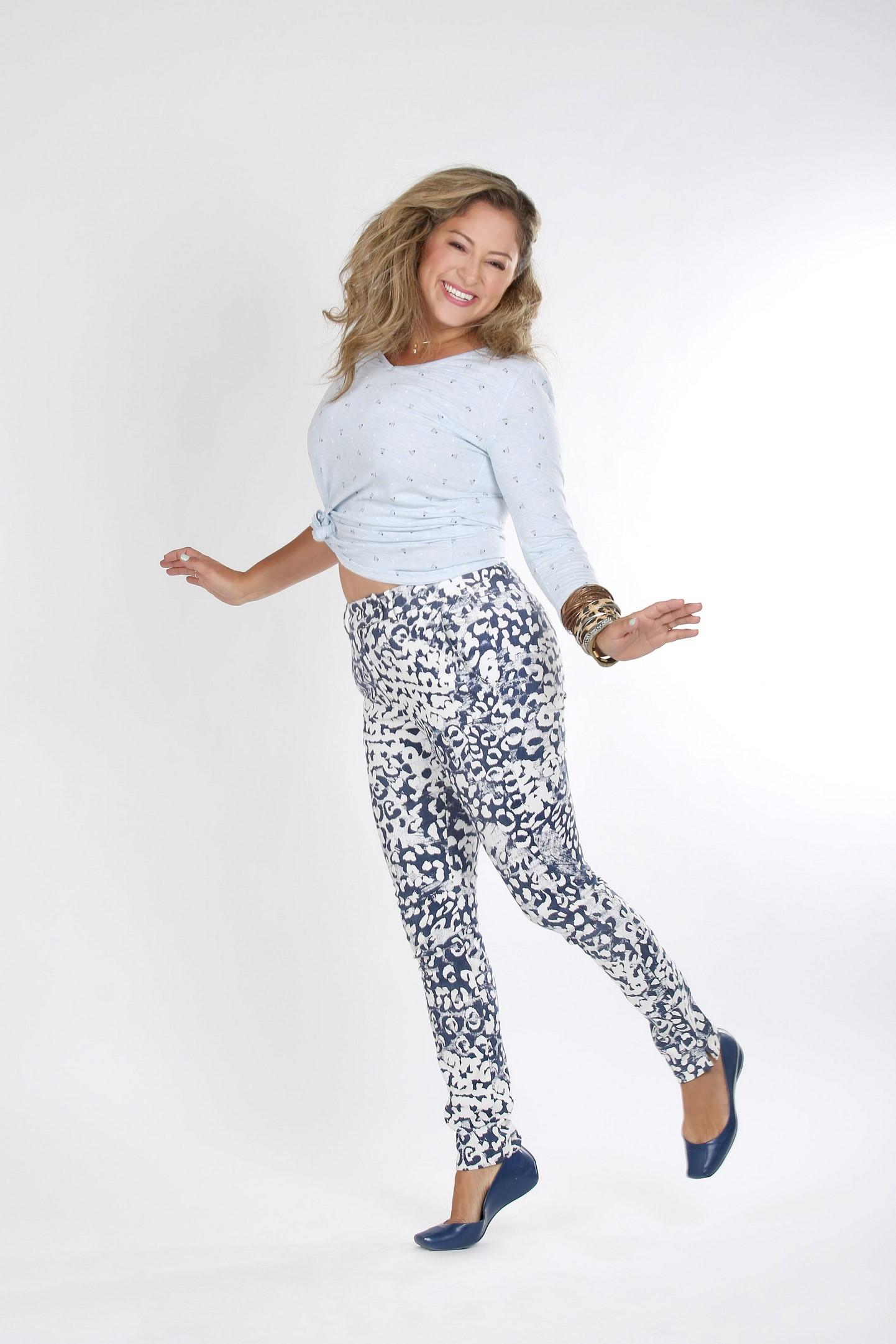 טליה חולצה 199 שח מכנסיים 389 שח צילום נעמי ים סוף (3) (Copy).JPG