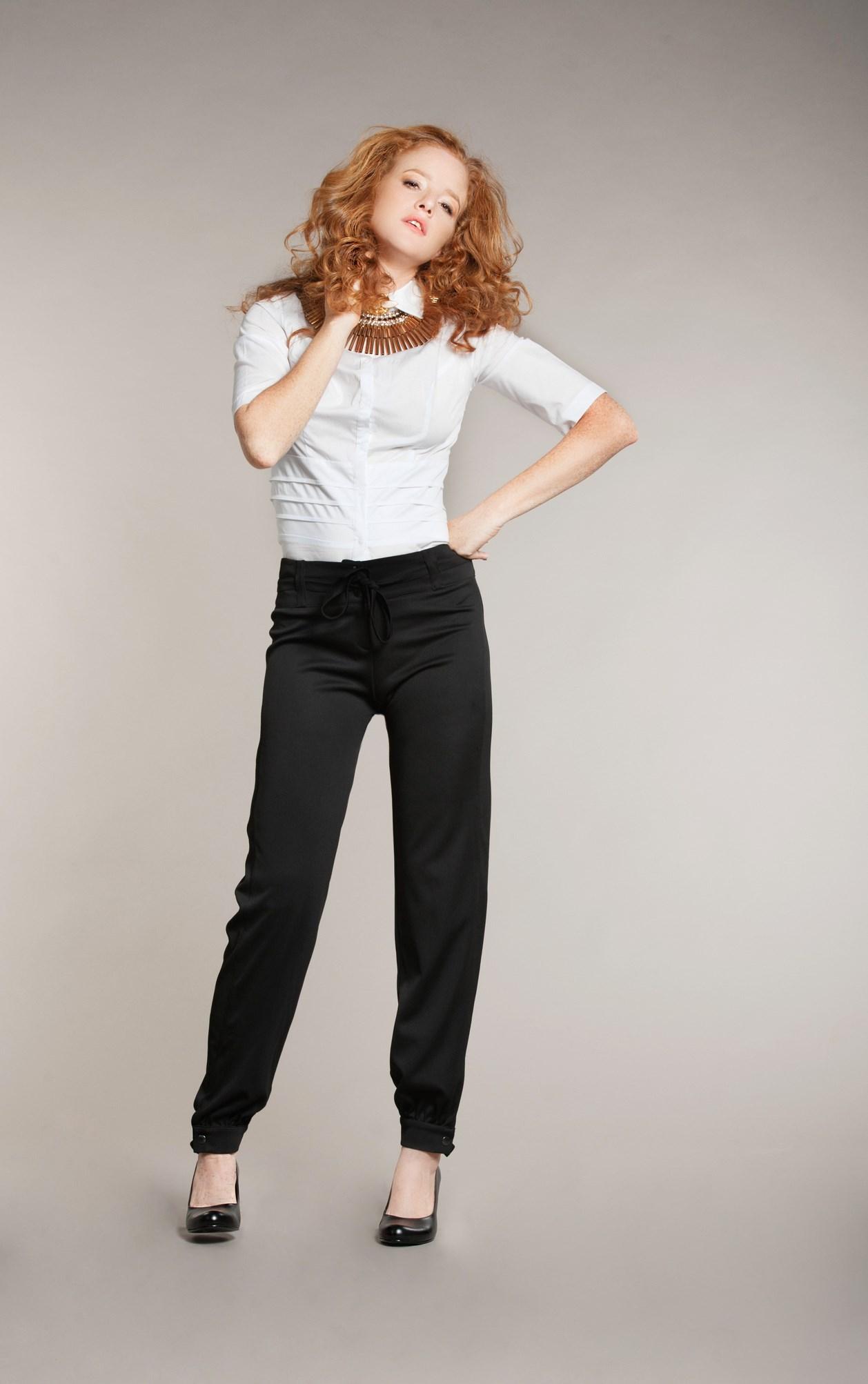 טלי אימבר מכנסיים 429 חולצה מכופתרת 349 צילום גלית דויטש.jpg