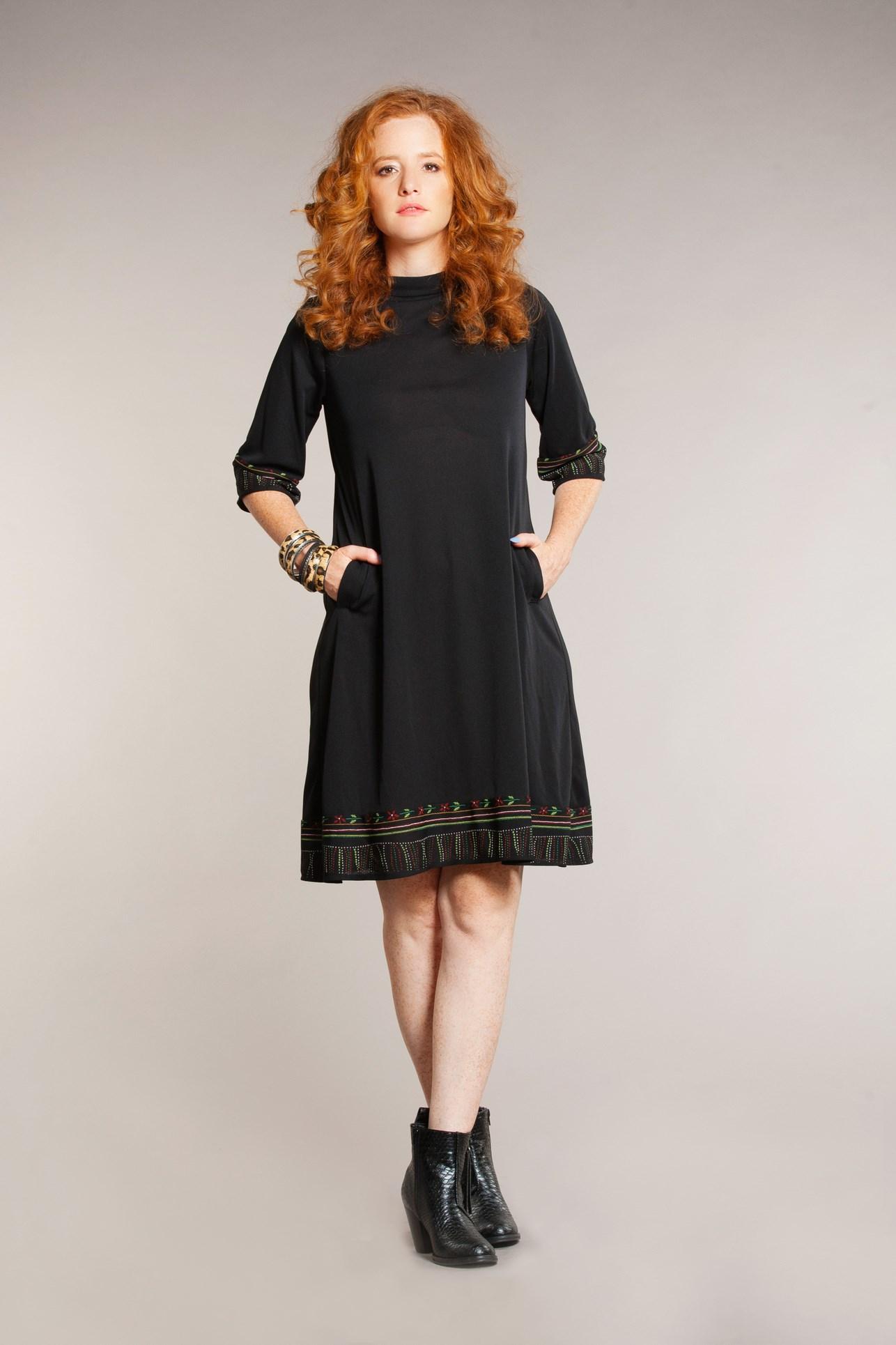 טלי אימבר שמלת רקמה צילום גלית דויטש.jpg