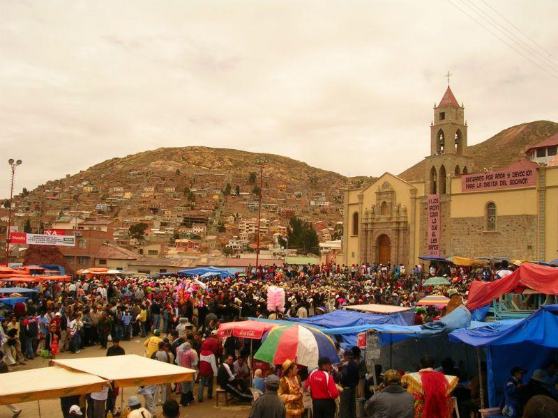 A random market scene in Bolivia - Perspective!