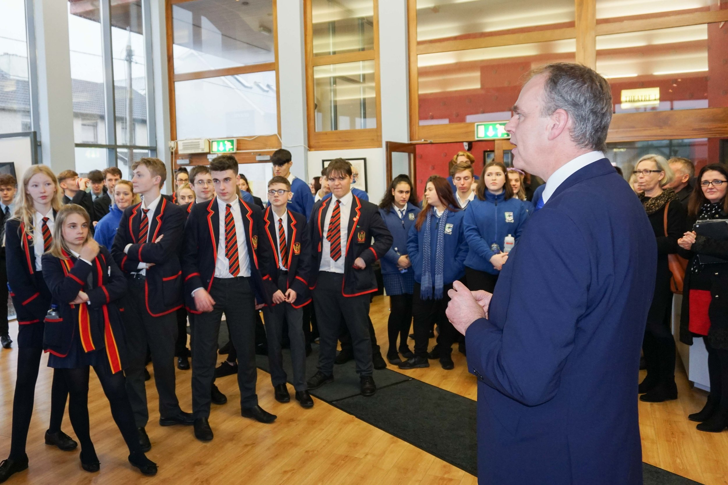 Minister Joe Mc Hugh met secondary school students from Enniskillen and Ballyshannon at an Allingham Arts Festival cross-border schools event, where he had an influential conversation with one student about the downgrading of History as a subject in the Junior Cycle curriculum.
