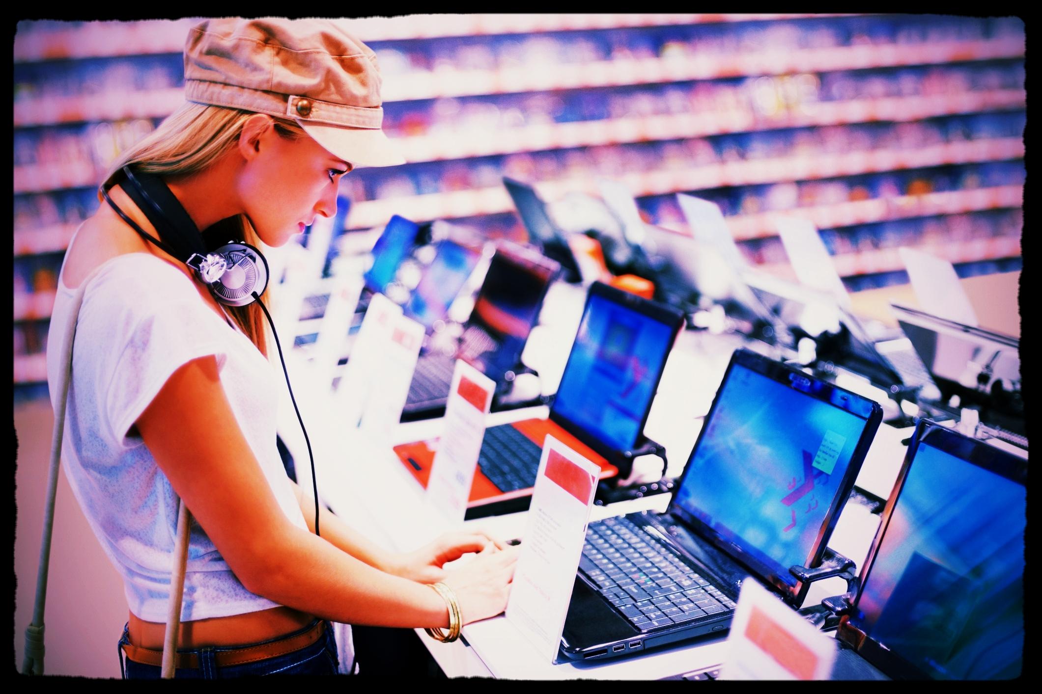 Retailers - (Buyers)