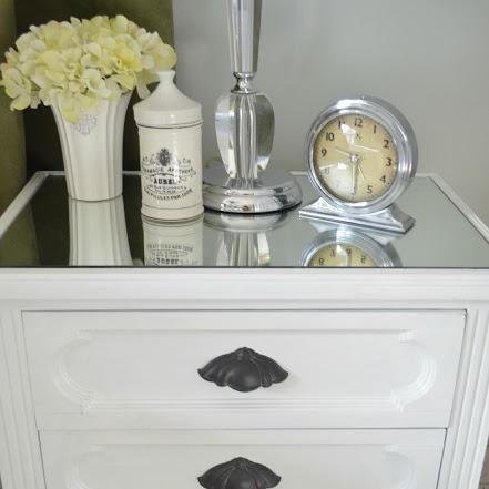 mirror-on-top-of-nightstand
