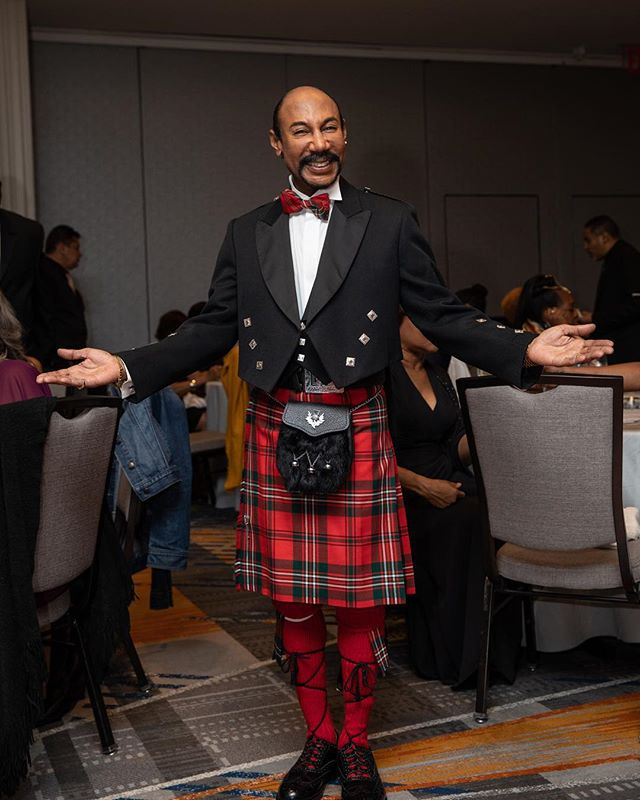 Bryan - 2017, Brooklyn Marriot * Bryan and his fabulous #kilt with friends at his party. He was a speech pathologist in a New York City public school for ~25 years. For now, dance is a bit sidelined as he pursues a new goal - to be a professional singer. See next post for quick video from recent performance, but first, be sure to scroll to final photo here for a glimpse of Susan (his former dance partner, who appears in the previous post's b&w photo). * * * #99snapshots #brooklyn #nyc #canon #canon5d4 #colorphotography #thenandnow #documentary #nycpeople #newyorklife #ig_nyc  #documentaryphotography #newyorkcitylife  #portrait #eventphotography #realmenwearkilts #documentaryfilm #stepandrepeat #tartan #nycdoe #educator #glamour #retirementparty #fabulous #glam #glitter #kellygreen #sporran #bowtie @burnmagazine @abc7ny @nyc4ny @cbsnewyork @fox5ny @pix11news