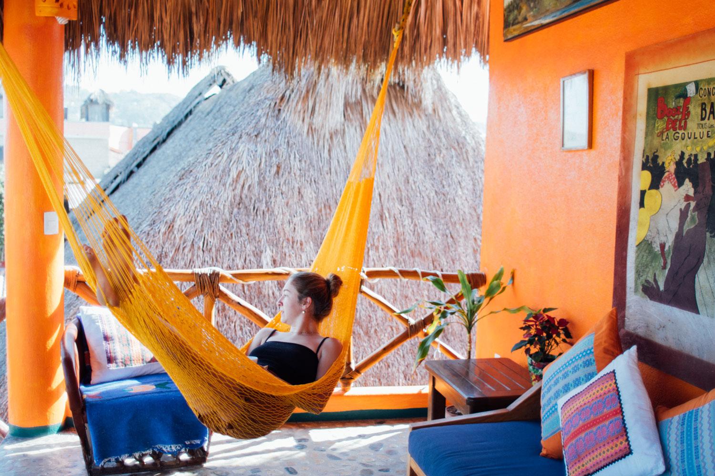 aurinko-bungalows-penthouse-hammock.jpg