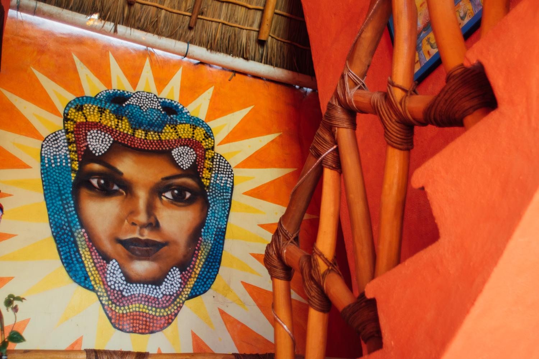 aurinko-bungalows-mural.jpg