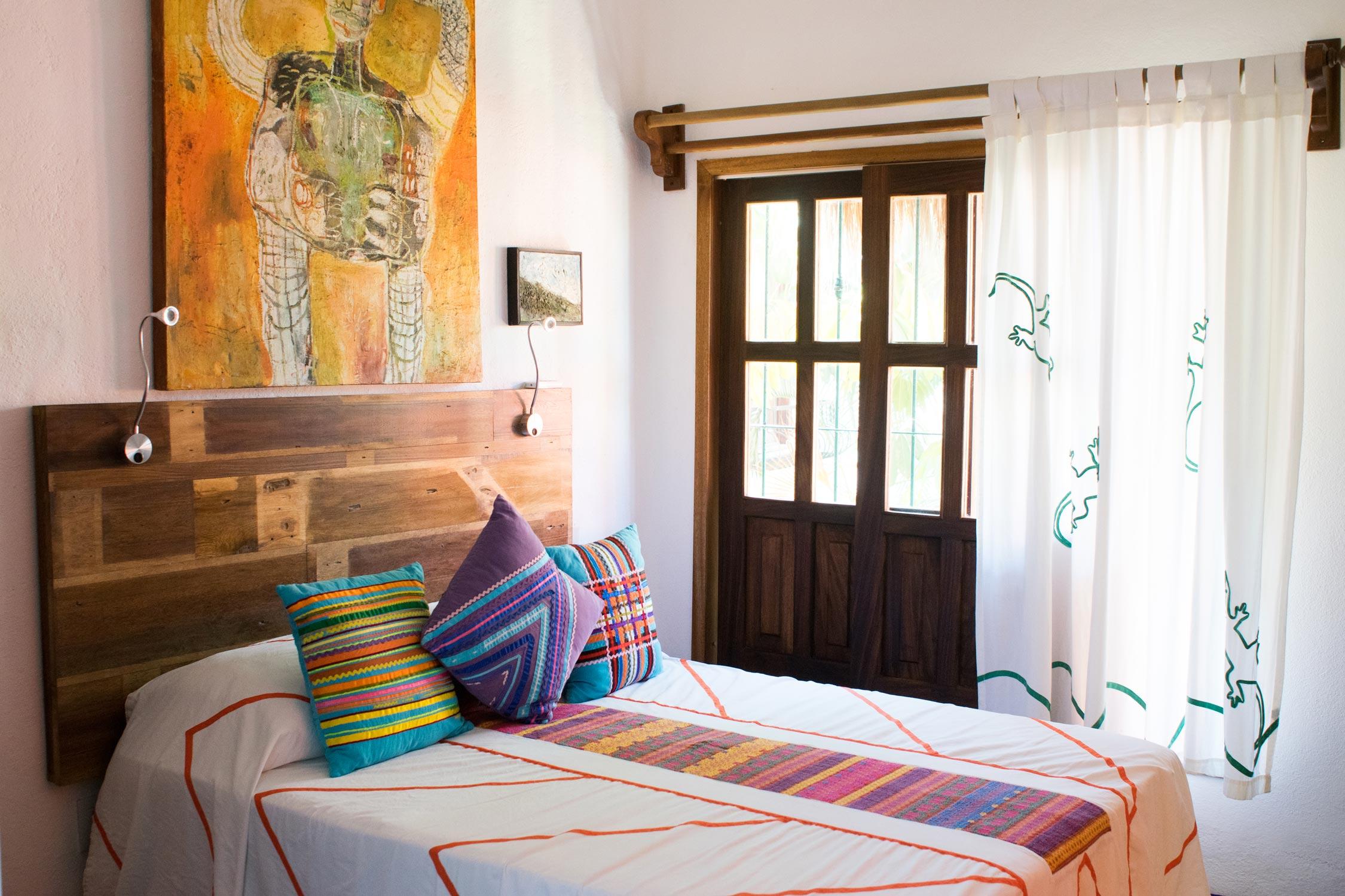 one-bedroom-bungalow-bed.jpg