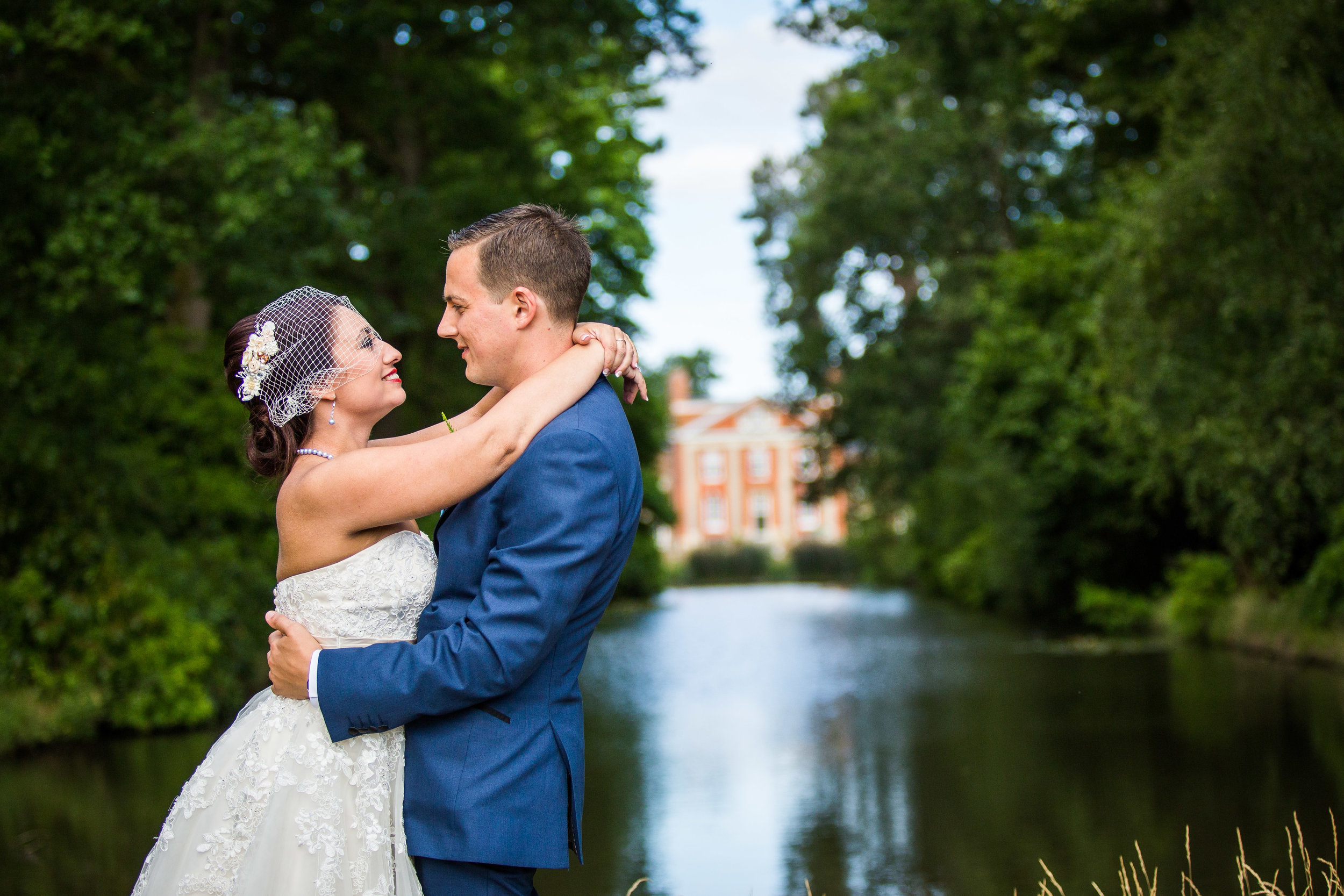 Warbrook - Nikita and Laurence celebrated their wedding at this magnificent mansion in Hook.