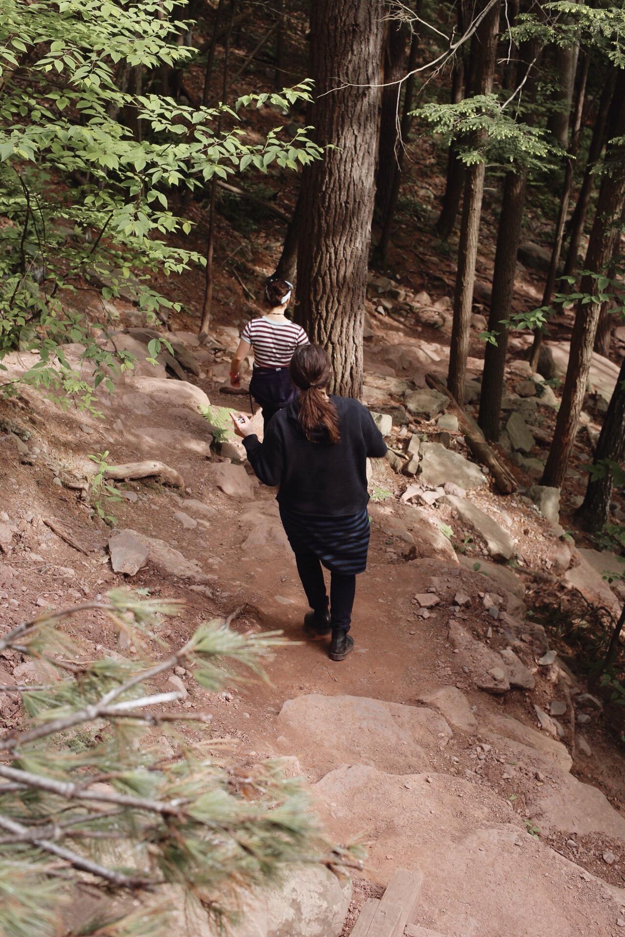 thais-and-sarah-hiking-to-a-waterfall.jpg