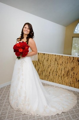 Jen got ready at a bridal house right by the ceremony site...