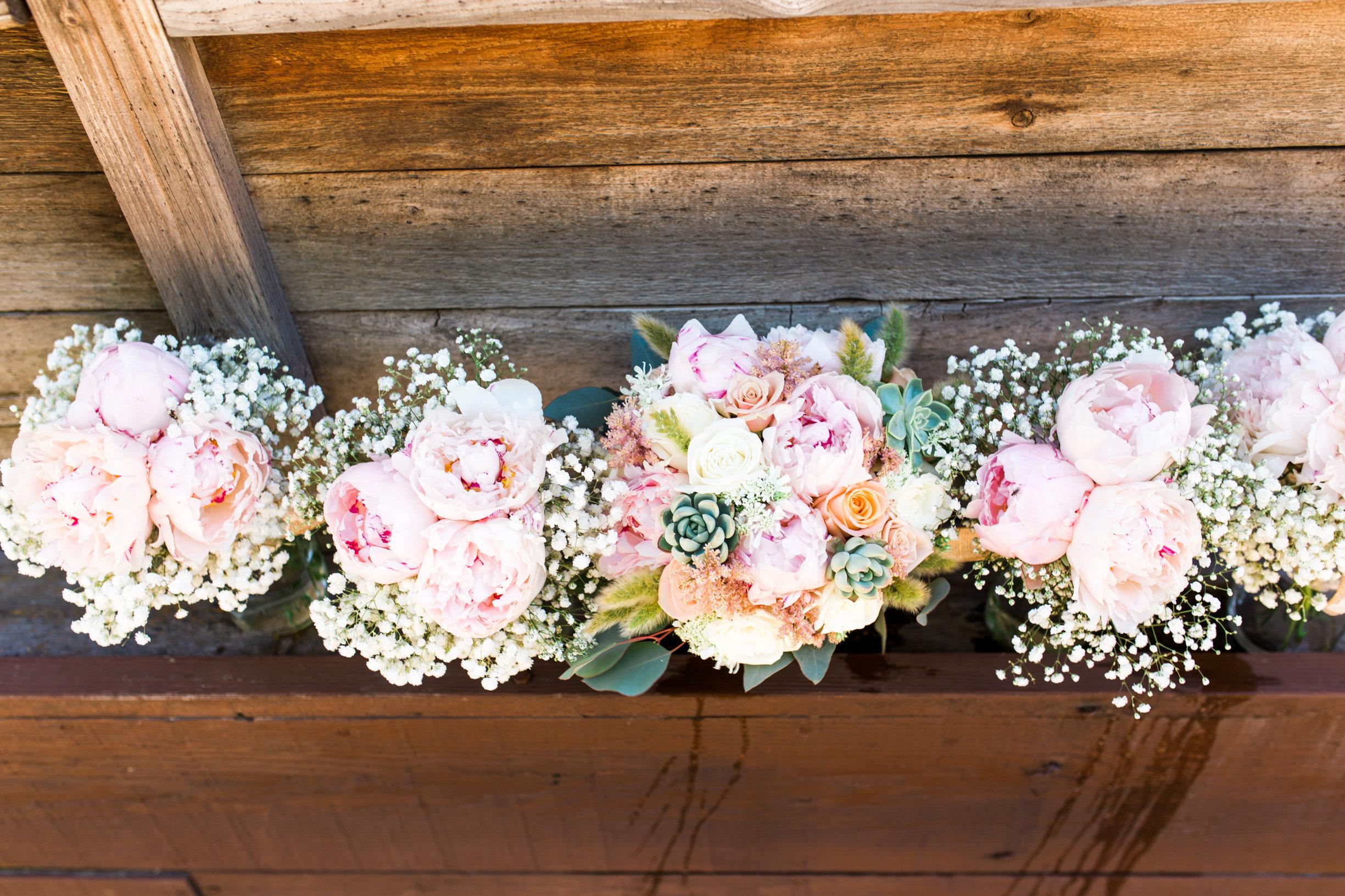 Ellensburg Floral Favorites-0009.jpg