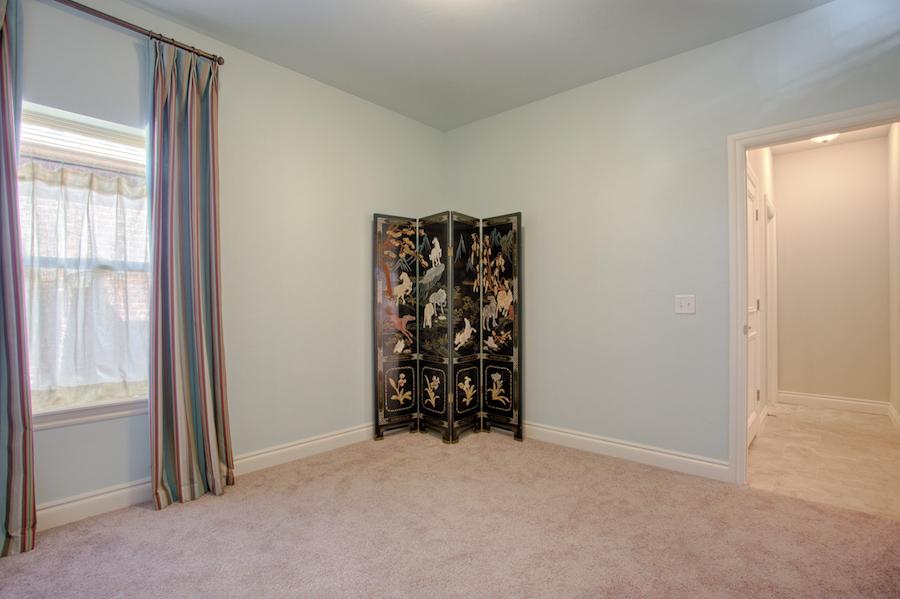 005Bedroom 1C.jpg