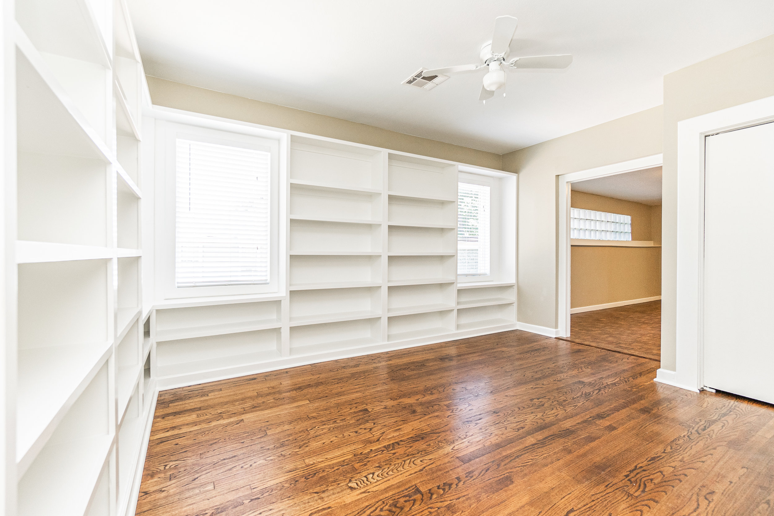 Study leading to master bedroom