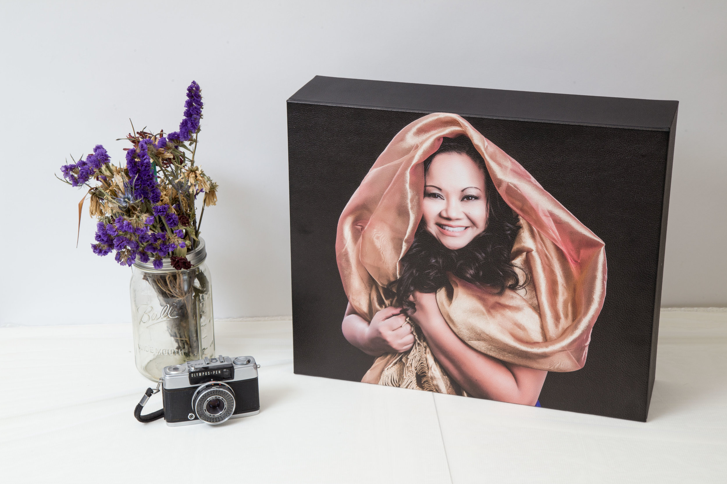 Delivery - The most incredible moment, when you will see your portraits ready to be enjoyed and displayed at home.