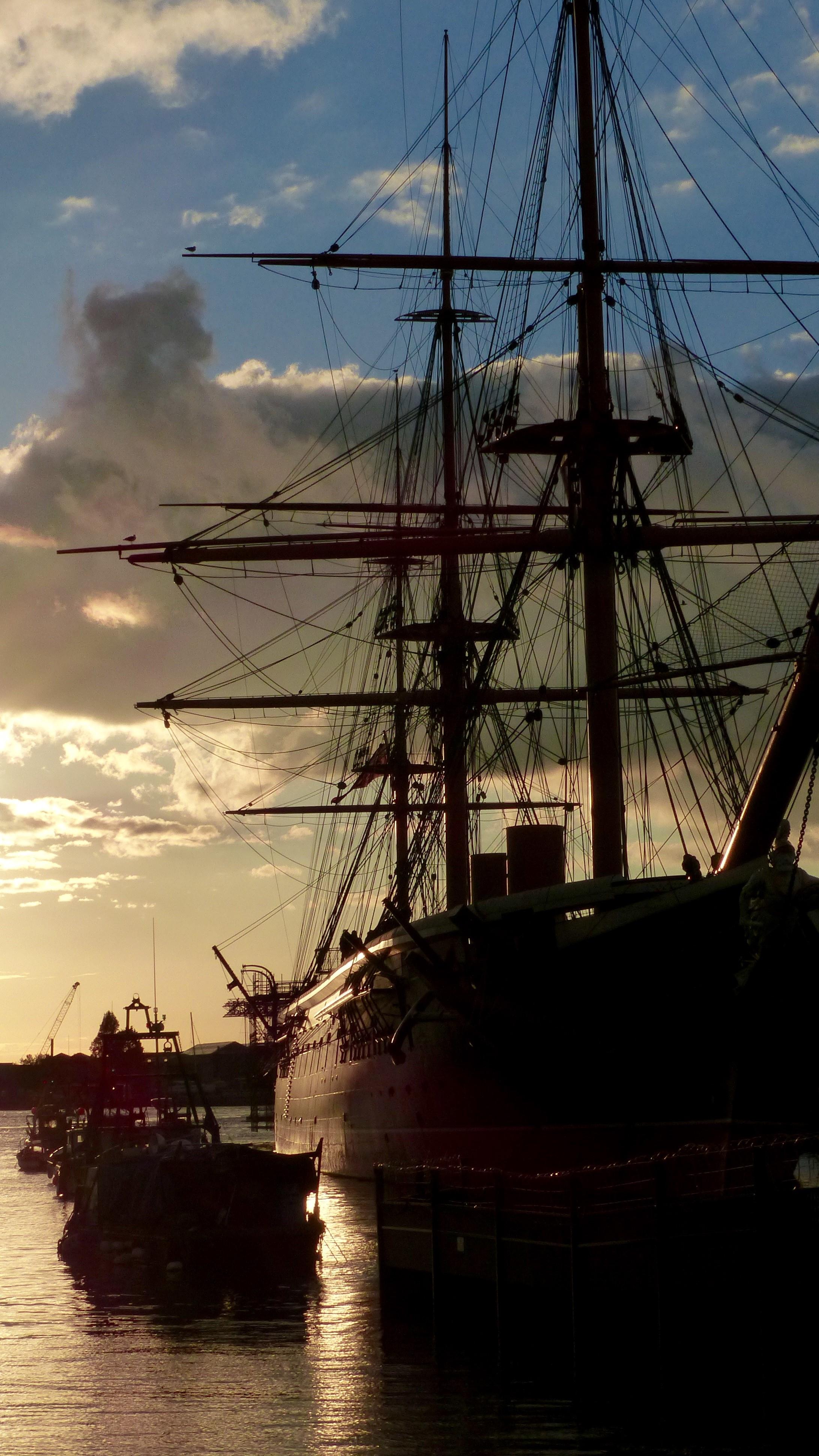 ES_HMS Warrior.jpg