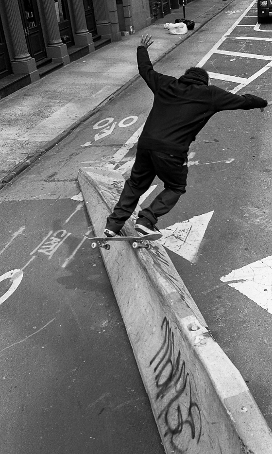 Slappy up to feeble grind, NYC-Photo by Pep Kim