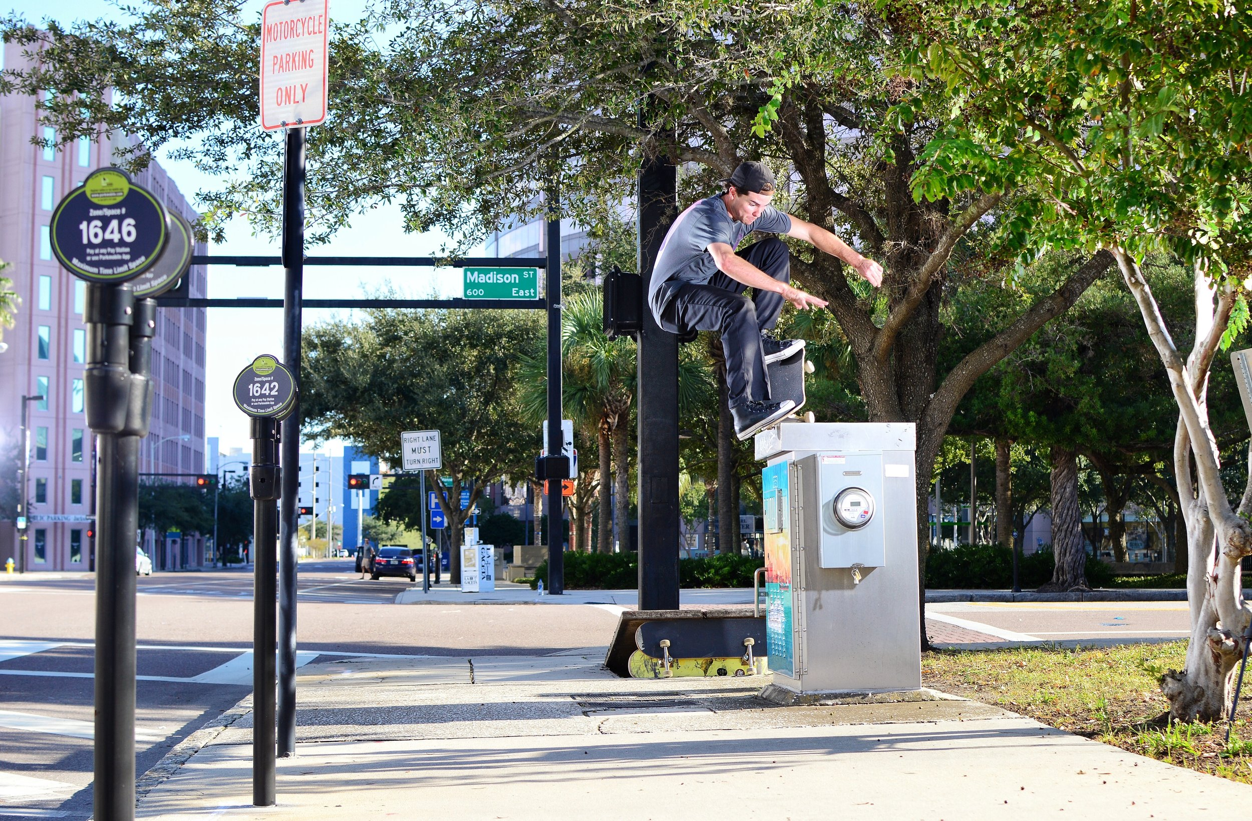 Jimmy Mastrocolo - Bump to F/S nosegrind, downtown Tampa / Photo: Chaz Miley
