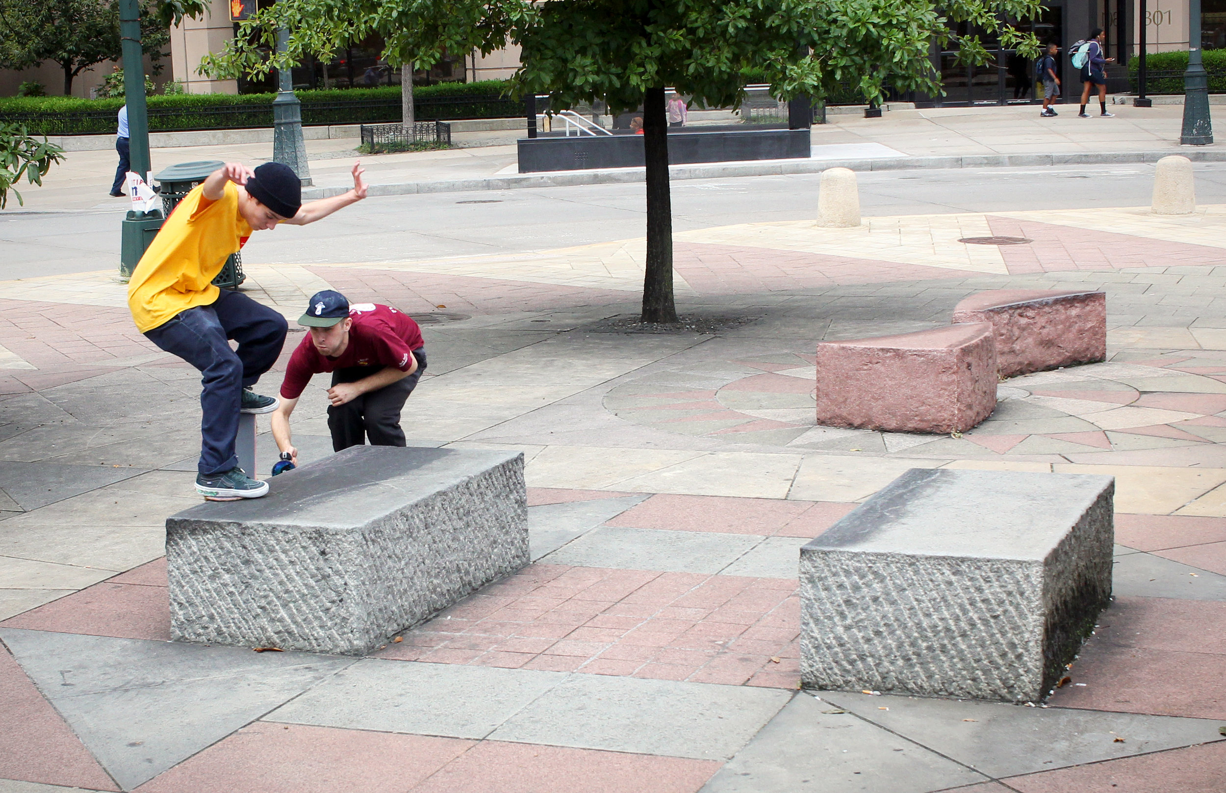 Wesley Box, front crook in Harlem with Tristan close behind / Photo: Bowser