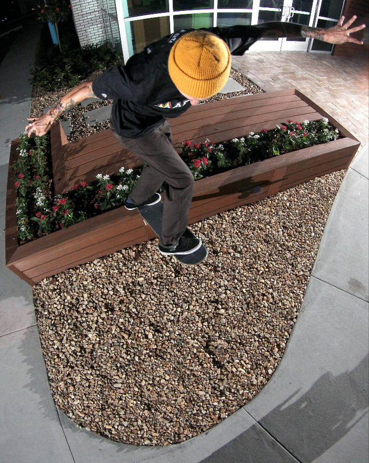 Eric McKenney-BS Tail over the gap / Photo: Bowser