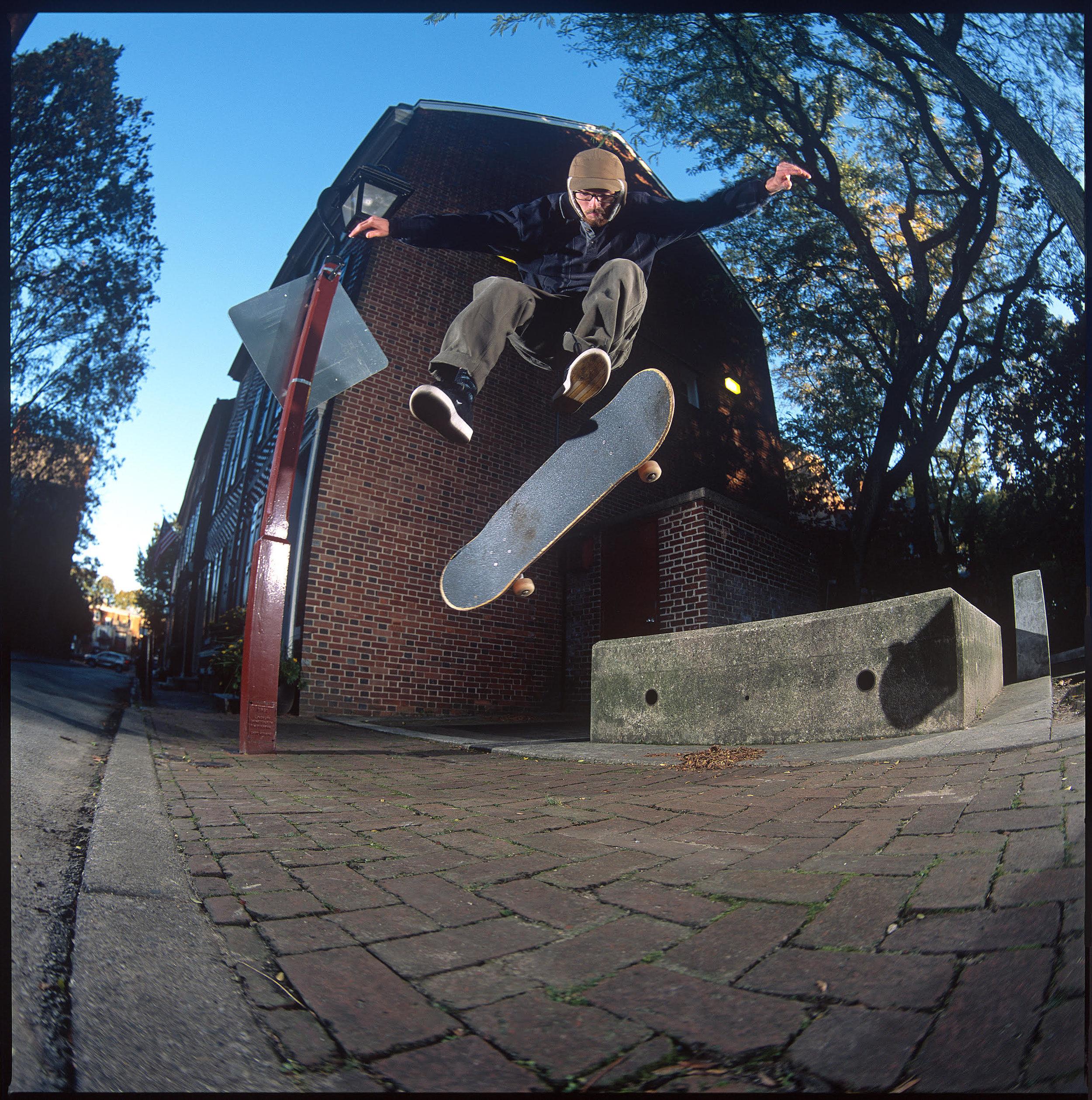 Neil Herrick 360 Flip. Photo: Graham Tait