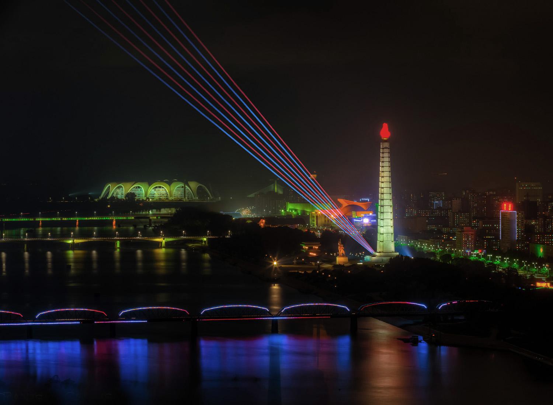 dprk-moonlight-over-pyongyan.jpg