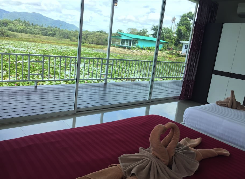 Thailand bedroom 2.png