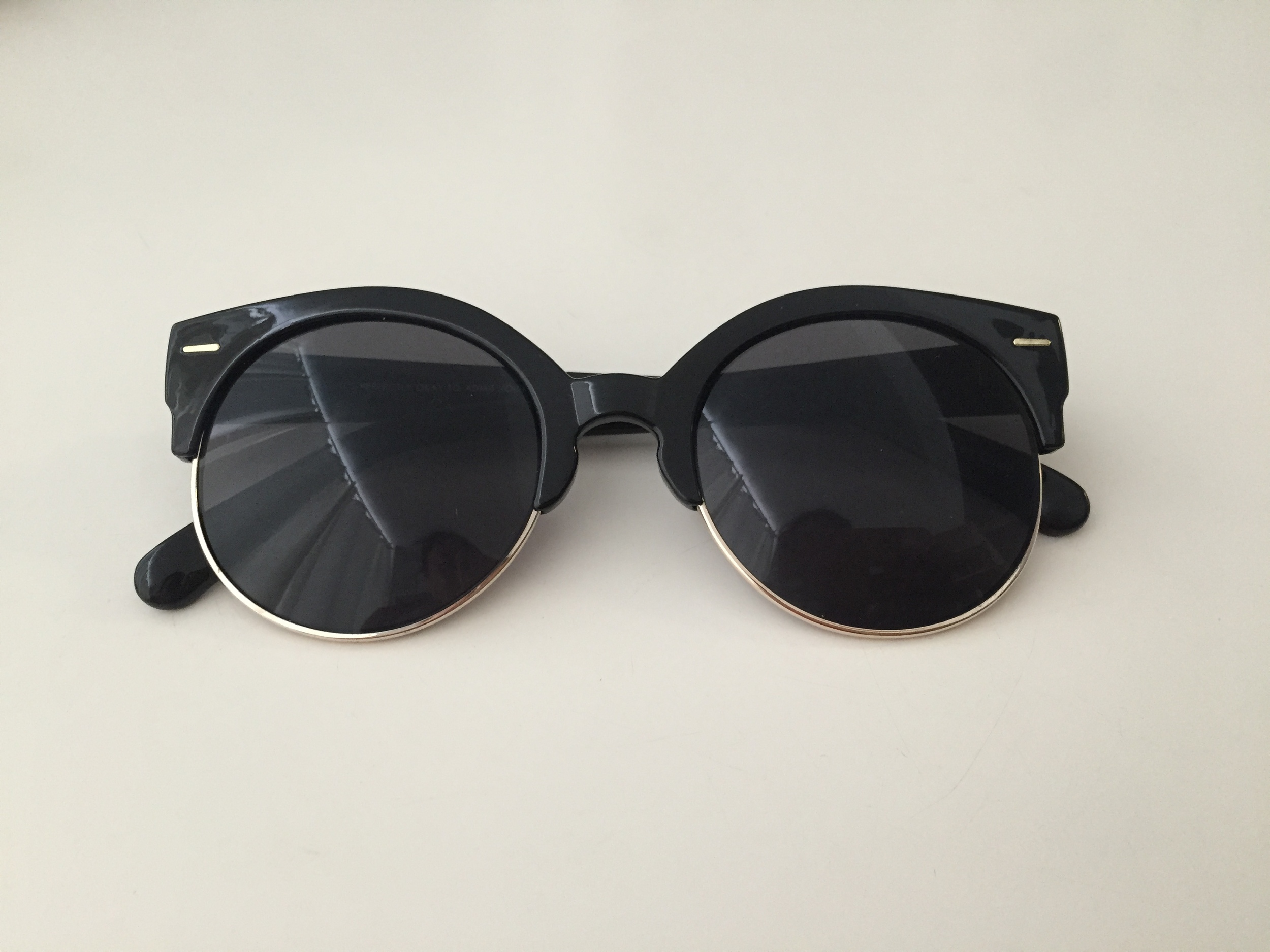 Urban Outfitters  Festival Rounds Sunglasses , $18