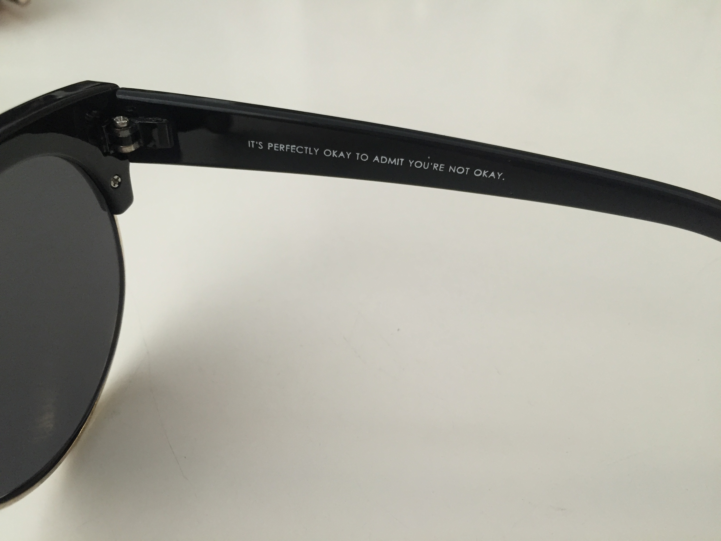 Urban Outfitters Festival Rounds Sunnies