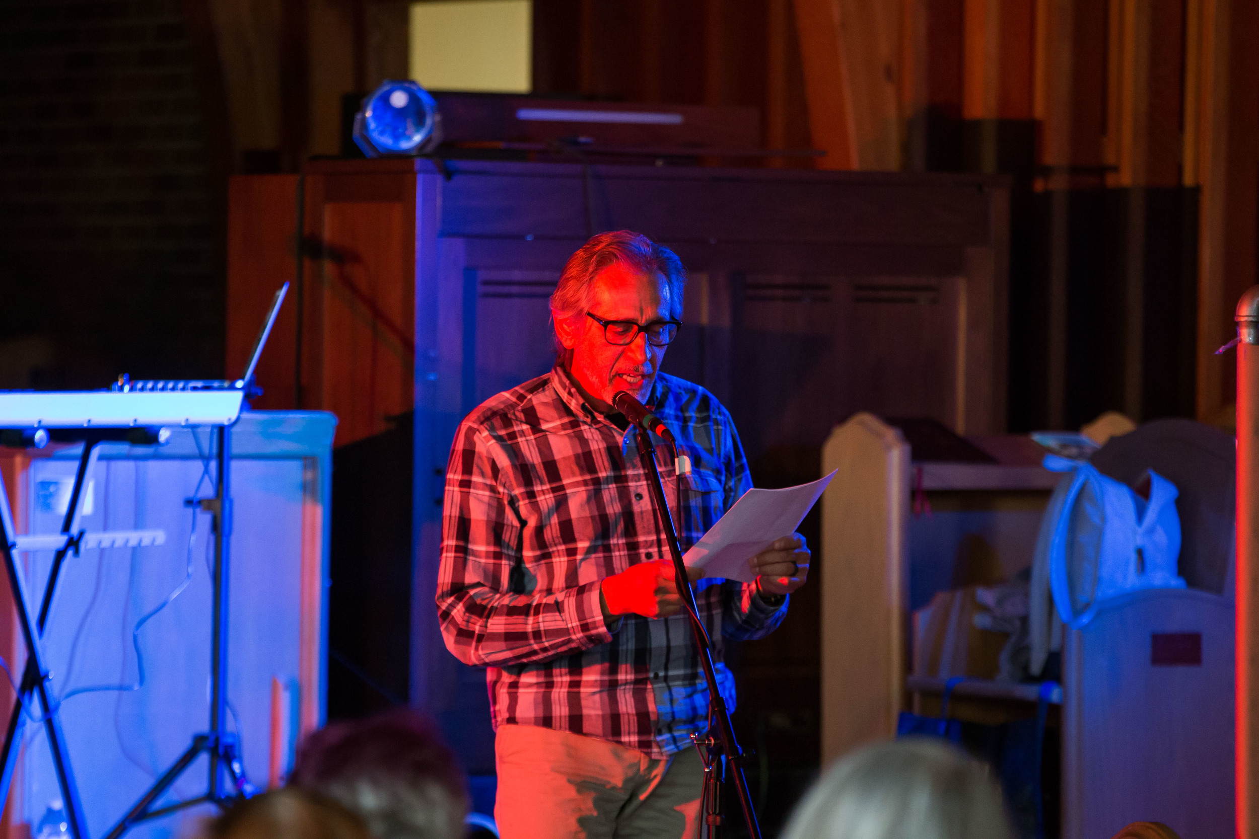 Stephen T Berg reads poetry
